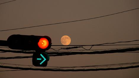 091003harvest_moon