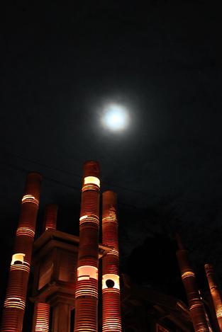 111106bamboo_lanterns13