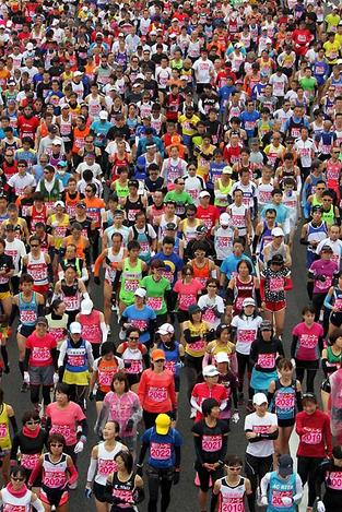 120205marathon_runners01