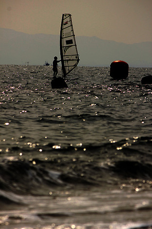 121104windsurfing01