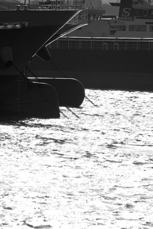 130114cargo_boat02