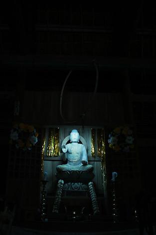 130429iwatoji_temple1