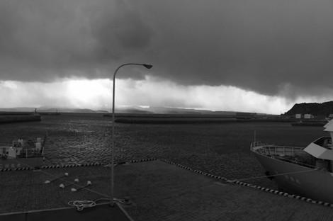 141217stormy_weather00