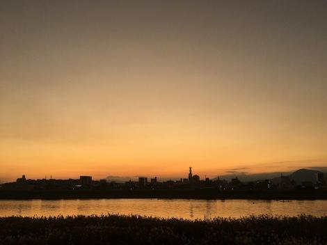 201114at_dusk01